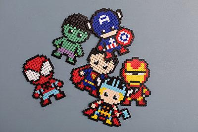 Homemade super heroes - p788m1540368 by Lisa Krechting