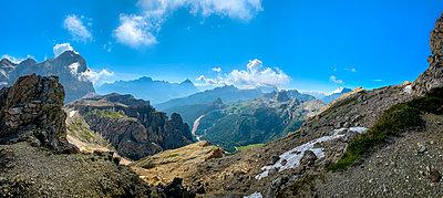 National park of the Dolomites - p815m2209218 by Erdmenger