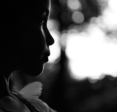 Girl in backlight - p1150m939301 by Elise Ortiou Campion