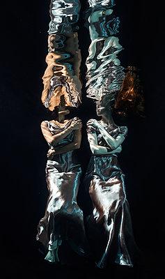 underwater ballet - p1554m2159058 by Tina Gutierrez