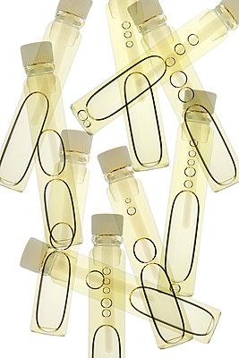 Parfümflakons - p415m1464919 von Tanja Luther