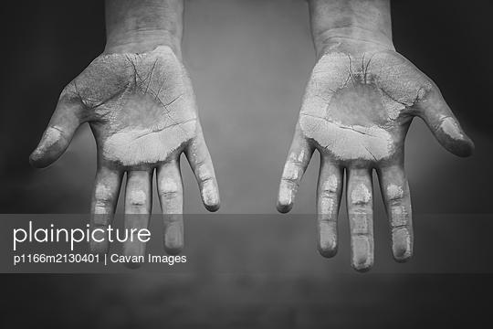 child chalk hands - p1166m2130401 by Cavan Images
