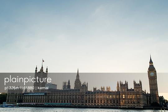 Houses of Parliament - p1326m1161880 von kemai