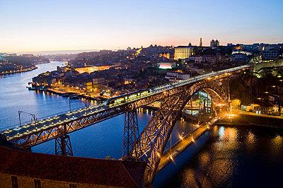 Ponte Dom Luis I, Porto, Portugal - p9242061f by Image Source