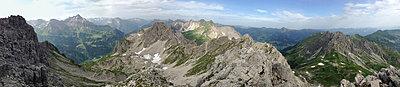 Bergpanorama, Kleinwalsertal - p427m916110 von R. Mohr