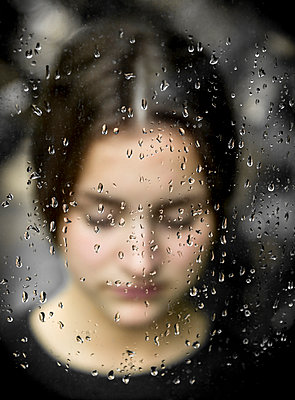 Regen - p552m1005181 von Leander Hopf