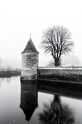 Water Castle - p248m1104485 by BY