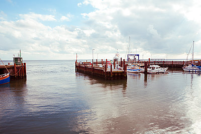 Hafen List auf Sylt - p432m1190754 von mia takahara