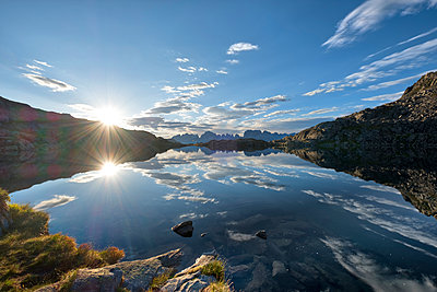 Italy, Trentino, Rendena Valley, Lake Nero and Brenta mountain range at sunrise - p300m2042769 by Lorenzo Mattei