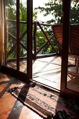 Sihanoukville, Bungalow - p842m1030636 von Renée Del Missier