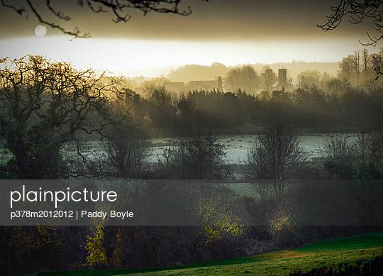 p378m2012012 von Paddy Boyle