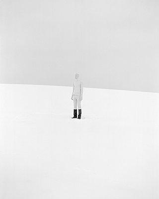 Whitest Boy Alive - p1177m970408 by Philip Frowein