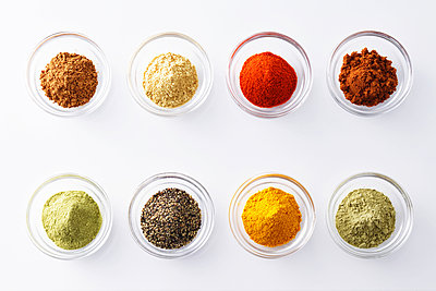 Assorted spices - p307m1006690f by Shingo Tosha