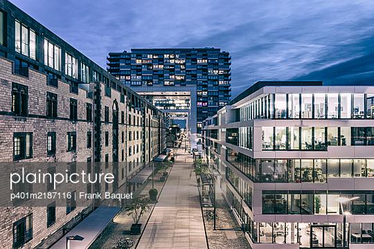 Rheinauhafen Köln - p401m2187116 von Frank Baquet