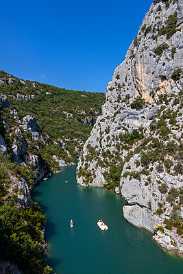 France, Boats in the Verdon Gorge - p076m2222359 by Tim Hoppe
