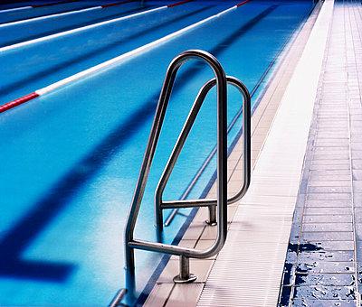 Schwimmbad - p8630054 von Philipp Schmitz