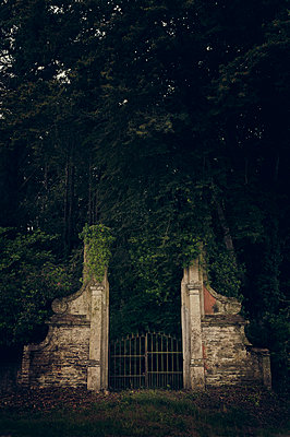 Historic gate in Brittany - p470m2053090 by Ingrid Michel