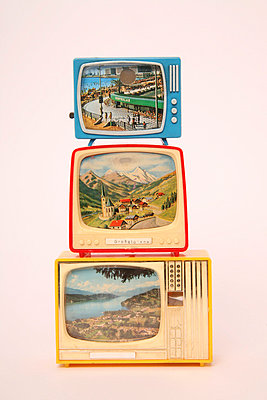 Miniature tv - p1650872 by Andrea Schoenrock