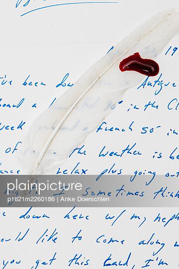 Blutiger Brief - p1621m2260186 by Anke Doerschlen