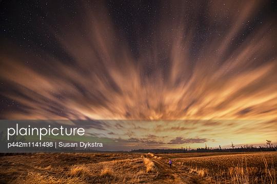 Night sky with aurora borealis; Thunder Bay, Ontario, Canada