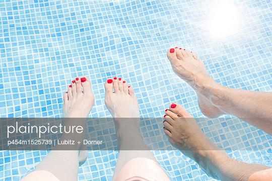 Stillstand - p454m1525739 von Lubitz + Dorner