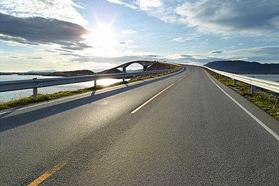 Norwegen Straße II - p1217m1170178 von Andreas Koslowski