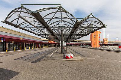 Flughafen Tegel - p1338m2183585 von Birgit Kaulfuss