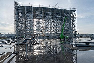 Construction site - p1292m2151588 by Niels Schubert