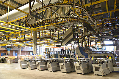 Machines for transport and sorting plant in a printing shop - p300m2104428 by Sten Schunke