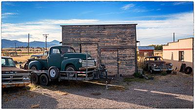 Several vintage cars - p1154m1217562 by Tom Hogan