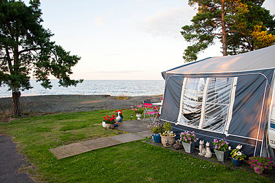 Camping at sea - p312m1471870 by Kenneth Bengtsson