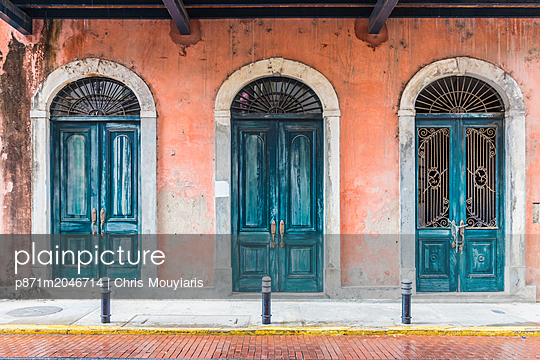 Typically colourful architecture in the historic old quarter (Casco Viejo) in Panama City, Panama, Central America - p871m2046714 by Chris Mouyiaris