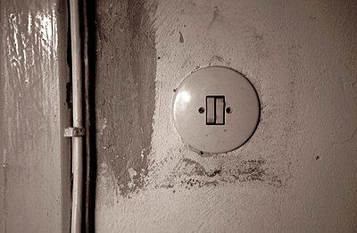 Schalter an der Wand - p0050053 von C. Adler