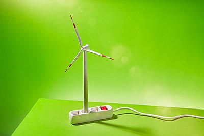 Miniature wind turbine and multiple plug - p851m2289561 by Lohfink