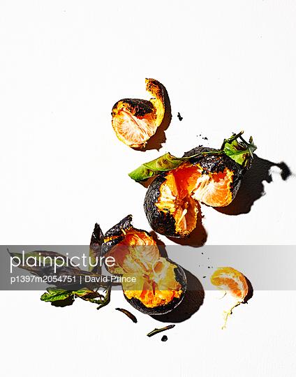 Oranges - p1397m2054751 by David Prince