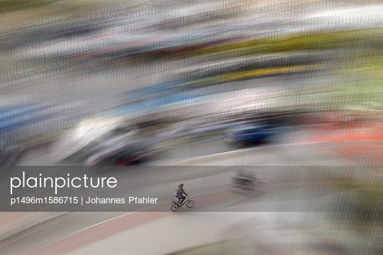 Fahrrad_2 - p1496m1586715 von Johannes Pfahler