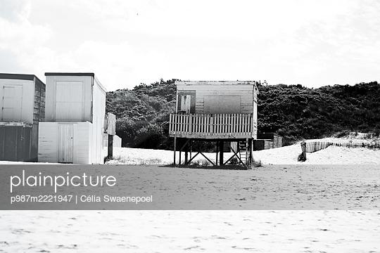 Les cabines de plage 02 - p987m2221947 by Célia Swaenepoel