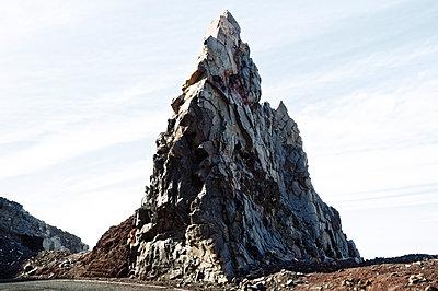 Felsen - p751m1584777 von Dieter Schwer