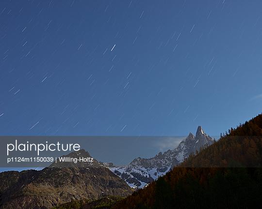 Sternenhimmel in den Französischen Alpen - p1124m1150039 von Willing-Holtz