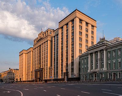 Gebäude der Staatsduma, Moskau, Russland - p390m2172927 von Frank Herfort
