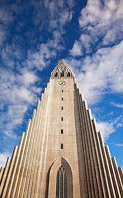 Hallgrímskirkja in Reykjavik - p382m1475237 by Anna Matzen