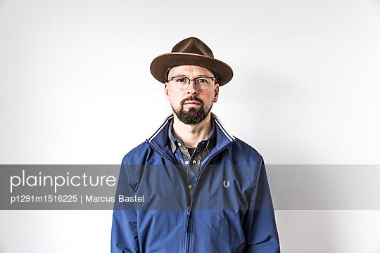 Portrait of a man - p1291m1516225 by Marcus Bastel