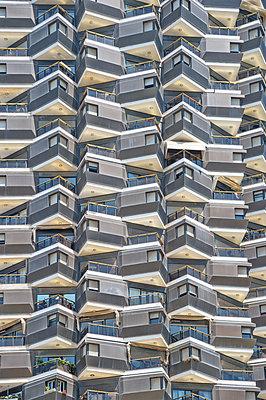 Hochhaus in Tel Aviv - p979m1579614 von Falko Matte