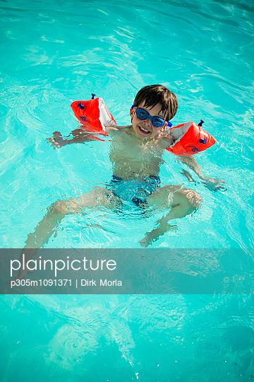 Schwimmanfänger - p305m1091371 von Dirk Morla