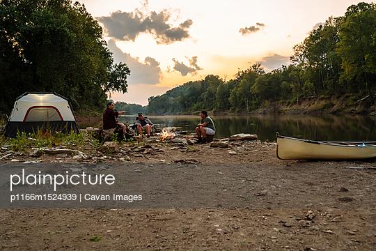 p1166m1524939 von Cavan Images