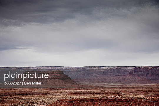 Valley of the Gods - p6692327 by Ben Miller