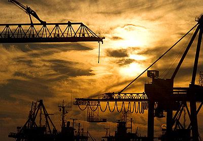 Hafenkräne - p6250002 von A Lampe