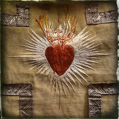 Embroidered heart - p1154m1110212 by Tom Hogan