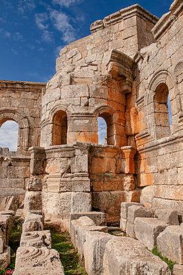 Frühbyzantinisches Kloster des Simeon, Simeonskloster, Aleppo, Syrien - p1493m2063597 von Alexander Mertsch