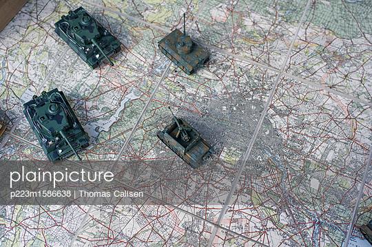 Andeutung der Schlacht um Berlin. - p223m1586638 von Thomas Callsen